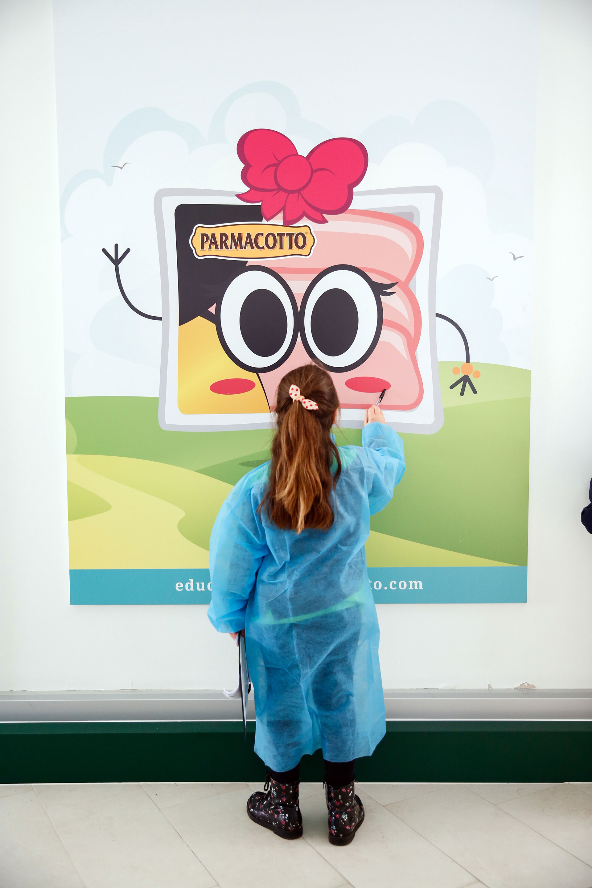 Educational-bambina-Parmacotto